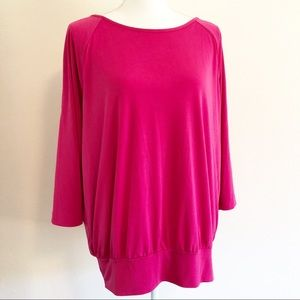 Susan Graver cold shoulder top. XL